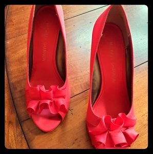Red Michael Shannon peep toe never worn sz 7